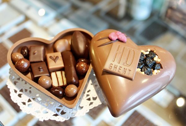 hilde devolder chocolatier small filled heart 2018