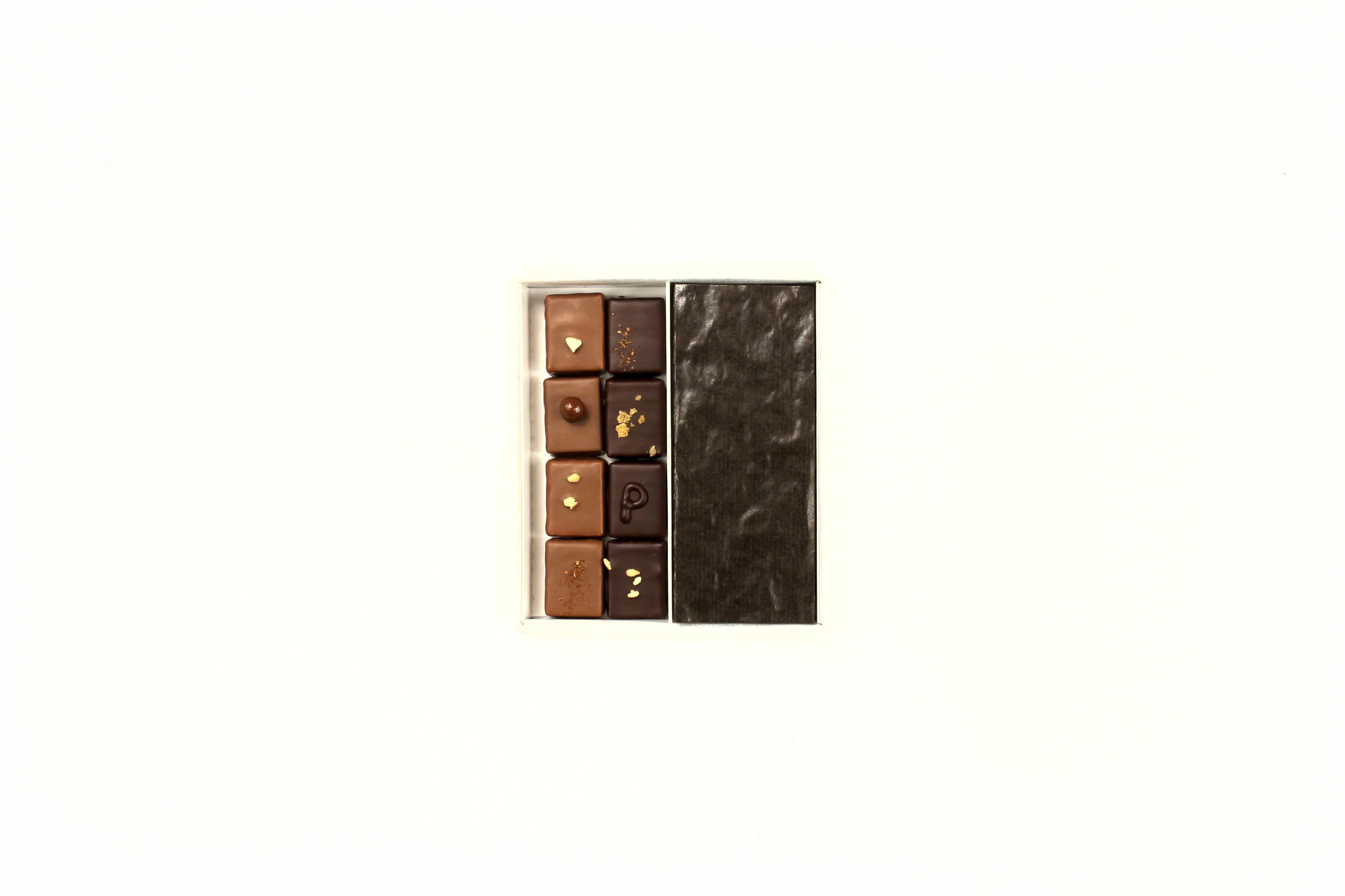hilde devolder chocolatier box 15-16 with protection