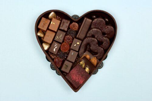 hd ghent filled heart dark chocolate valentine 2021 big