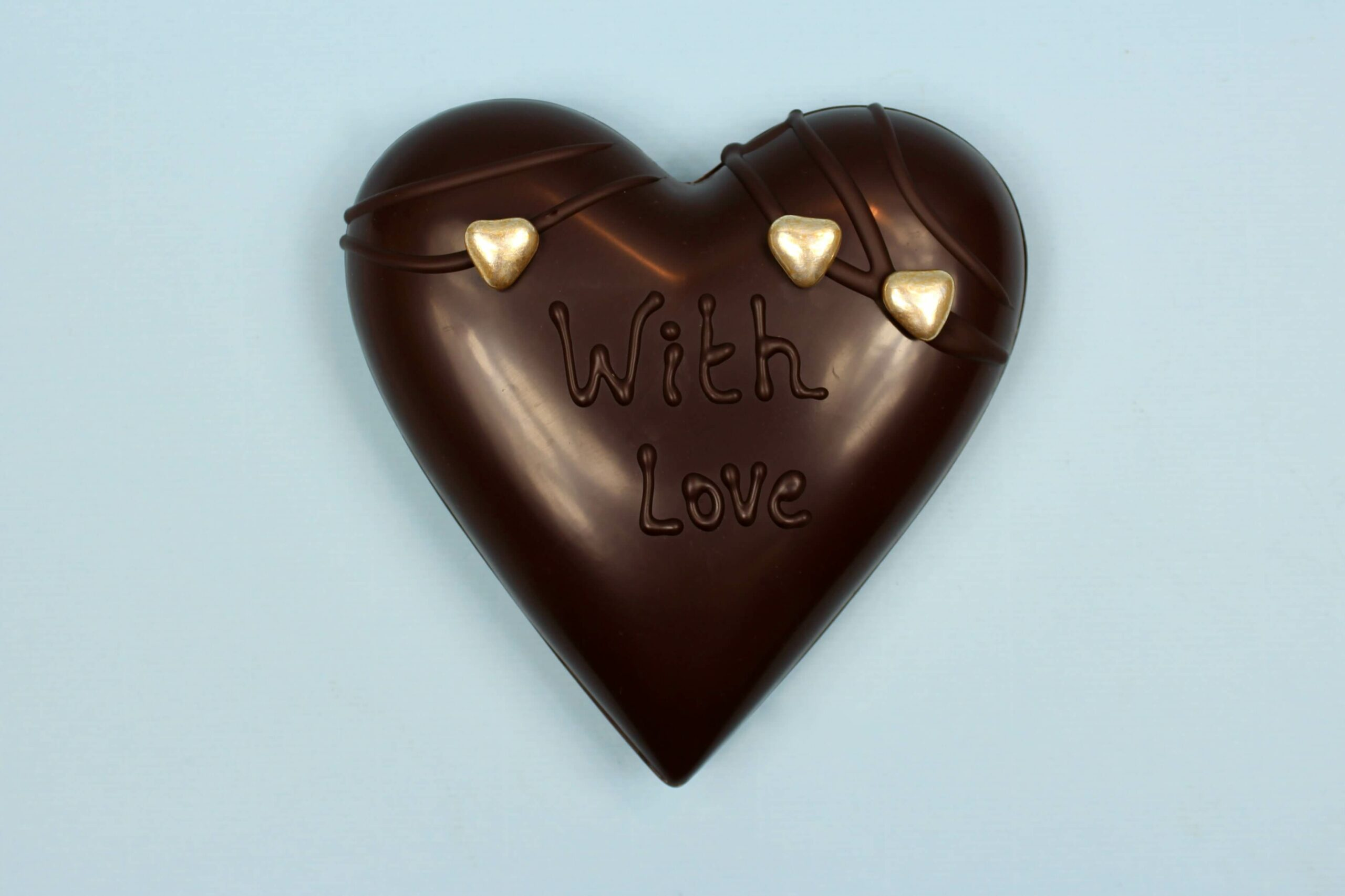 hd ghent matroeska heart dark chocolate valentine 2021 set of tree one and two in tree closed