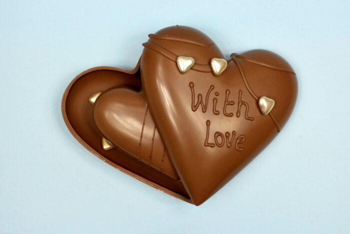 hd ghent matroeska heart milk chocolate valentine 2021 set of tree one and two in tree