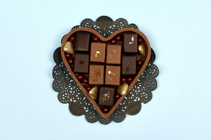 hilde devolder chocolatier milk chocolate heart with treats