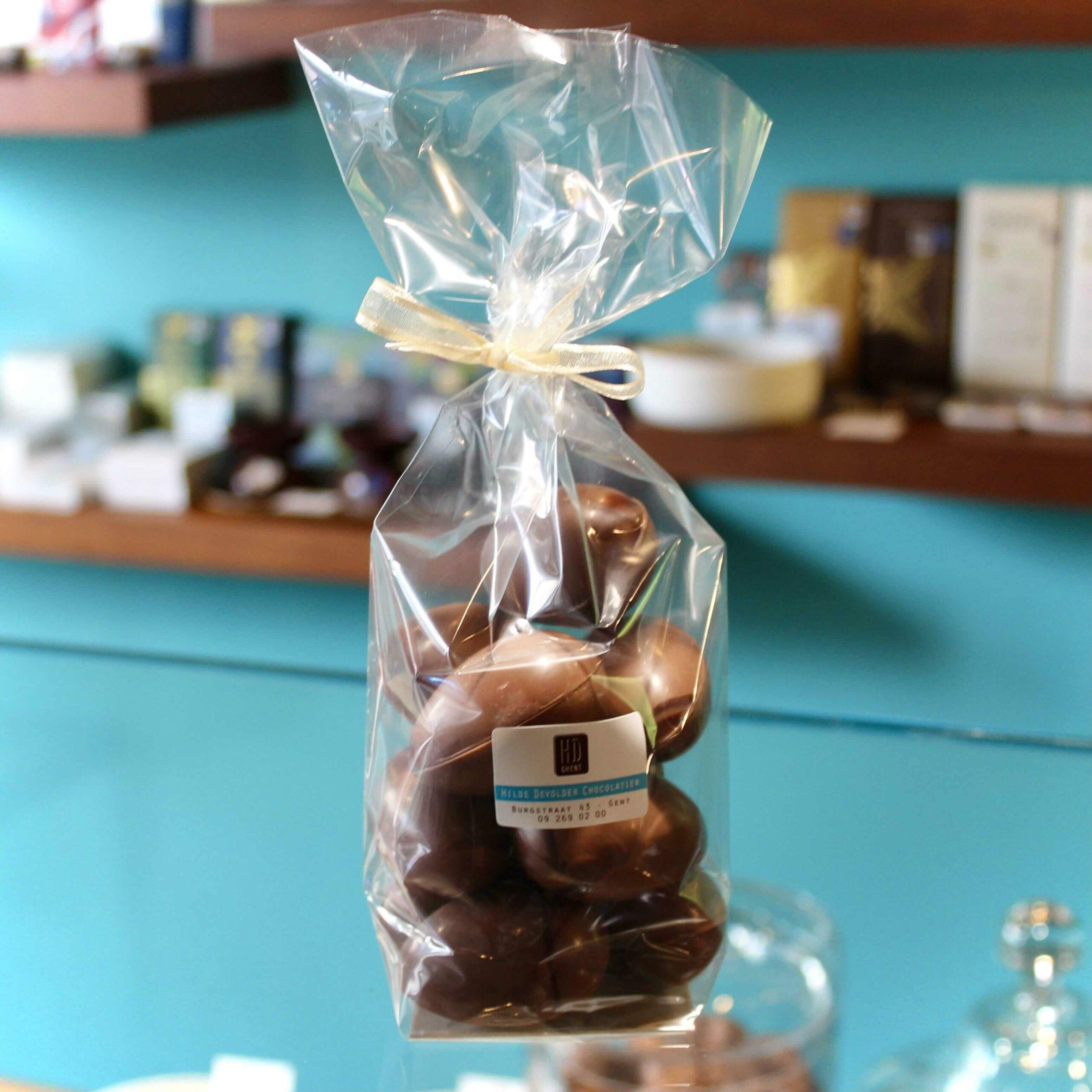 hilde devolder chocolatier easter 2021 hollow easter egg 5 cm milk chocolate